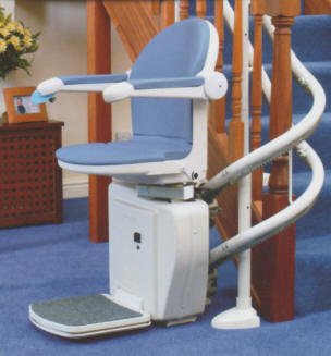 Sterling-2000-curved-stair-lift-handicare