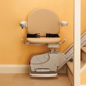 The Handicare Simplicity Series stair lift comes standard with a battery that charges in any position, a flexible track system accommodating tight doorways, and is equipped with safety sensors designed to stop the lift if it meets any obstruction.
